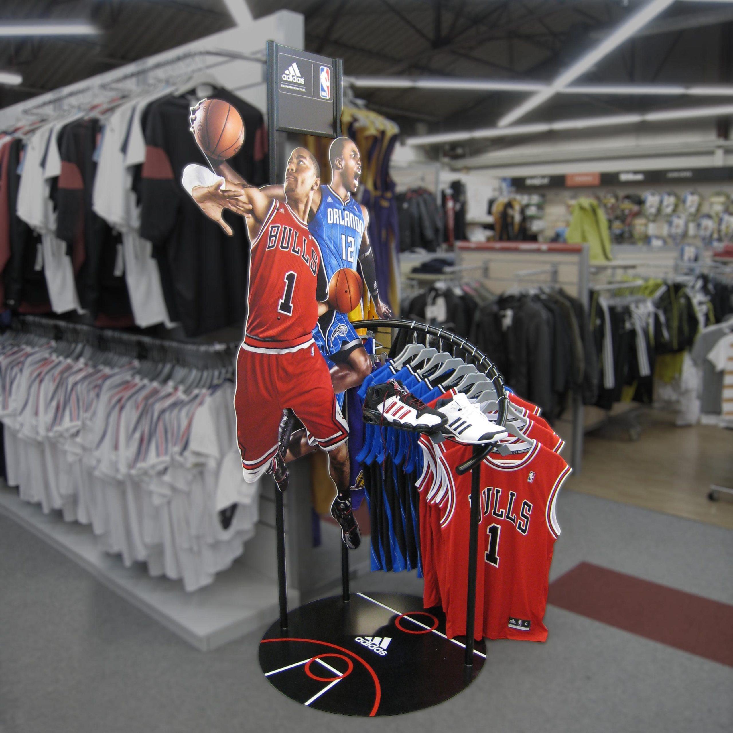 mobilier metal adidas NBA
